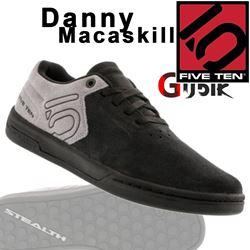 תמונה של נעלי רכיבה Five Ten-Danny MacAskill